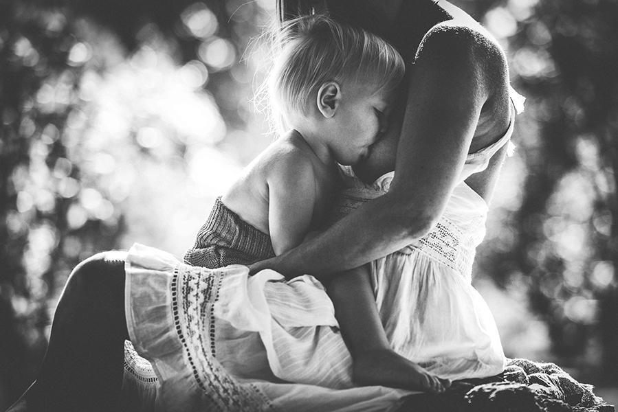 tammy-nicole-photography-newborn-baby-maternity-breastfeeding-english-espanol-munich-family311