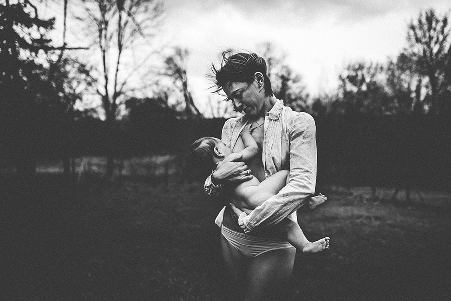 tammy-nicole-photography-newborn-baby-maternity-breastfeeding-english-espanol-munich-family537