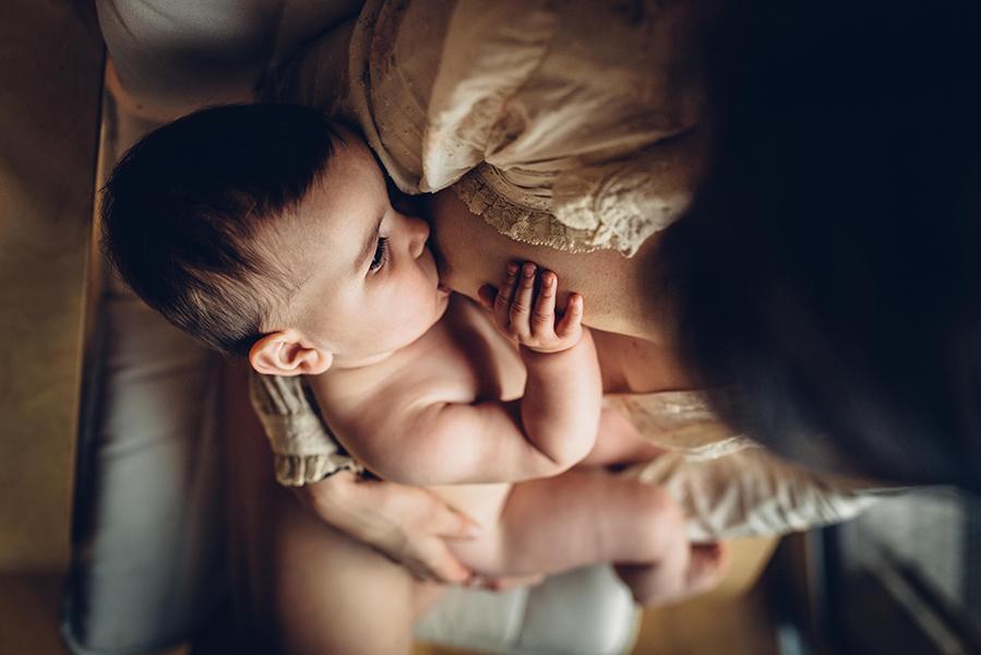 tammy-nicole-photography-newborn-baby-maternity-breastfeeding-english-espanol-munich-family541